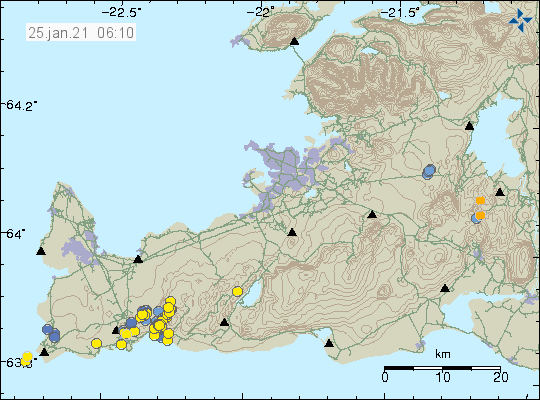 Yellow dots east of Grindavík town on Reykjanes peninsula. Few blue dots showing earthquakes that are older then 1 day.