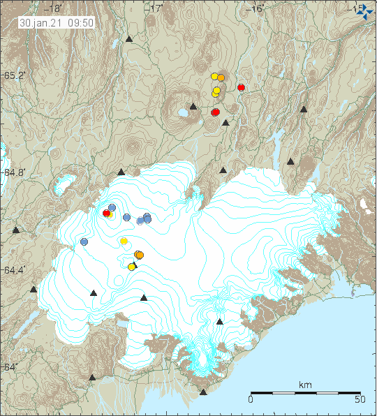 In the center of Vatnajökull glacier there is a volcano Grímsfjall. East of that a yellow dot shows the location of an earthquake with magnitude of Mw2,4. Grímsfjall volcano is marked by a triangle that shows the location of a seismic sensor to record earthquakes in this area.