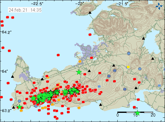 Earthquake activity with over 600 earthquakes on Reykjanes peninsula. Many green stars on the map