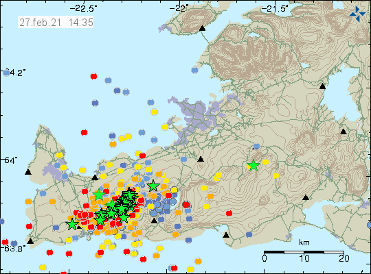 Green stars show the earthquake activity on Reykjanes peninsula. The green stars go from south-west and to north-east but there is also a lot of red dots showing new fresh earthquake activity.