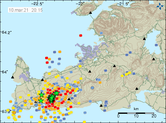 Dense earthquake activity on Reykjanes peninsula. Dense location of green stars that shows the location of the main active area. A lot of red dots showing smaller earthquakes