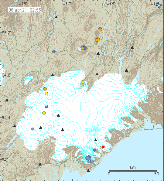 Blue dots showing earthquake activity in Öræfajökull volcano. The blue dots are on top of each other.