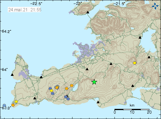 Green star in the middle of the image of Reykjanes peninsula showing the location of the earthquake that was felt in Reykjavík.