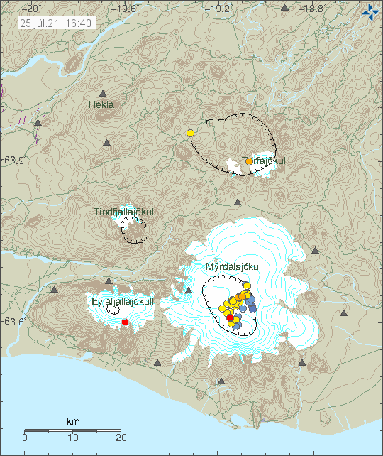 Earthquake activity in Katla volcano caldera. A lot of yellow dots showing the locations of the earthquakes from south to north and then turn to east direction.