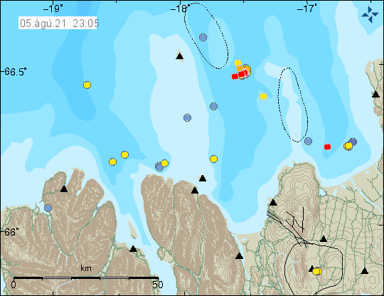 Few red dots show new earthquakes just south-east of Grimsey island